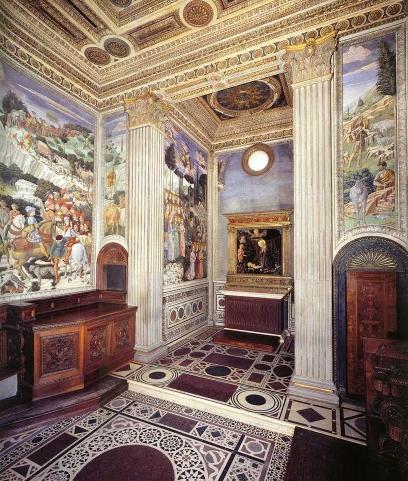 우피치 미술관(1층에 있는 예배당).jpg